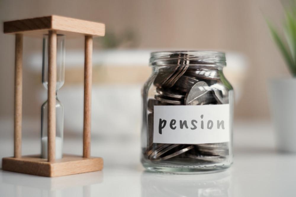 Стало известно, на какие цели можно потратить единовременные пенсионные выплаты