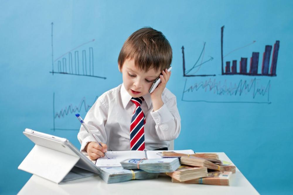 В журнале «OYLA» вышла спецполоса для детей по финансовой грамотности